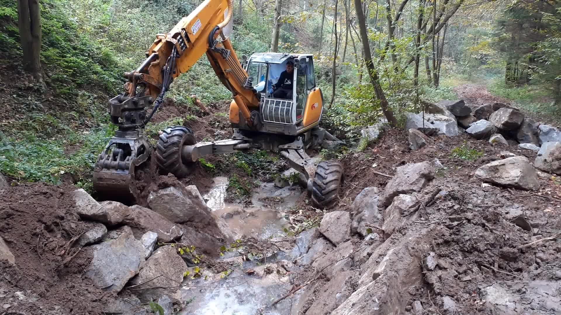 Oprava břehů vodních toků